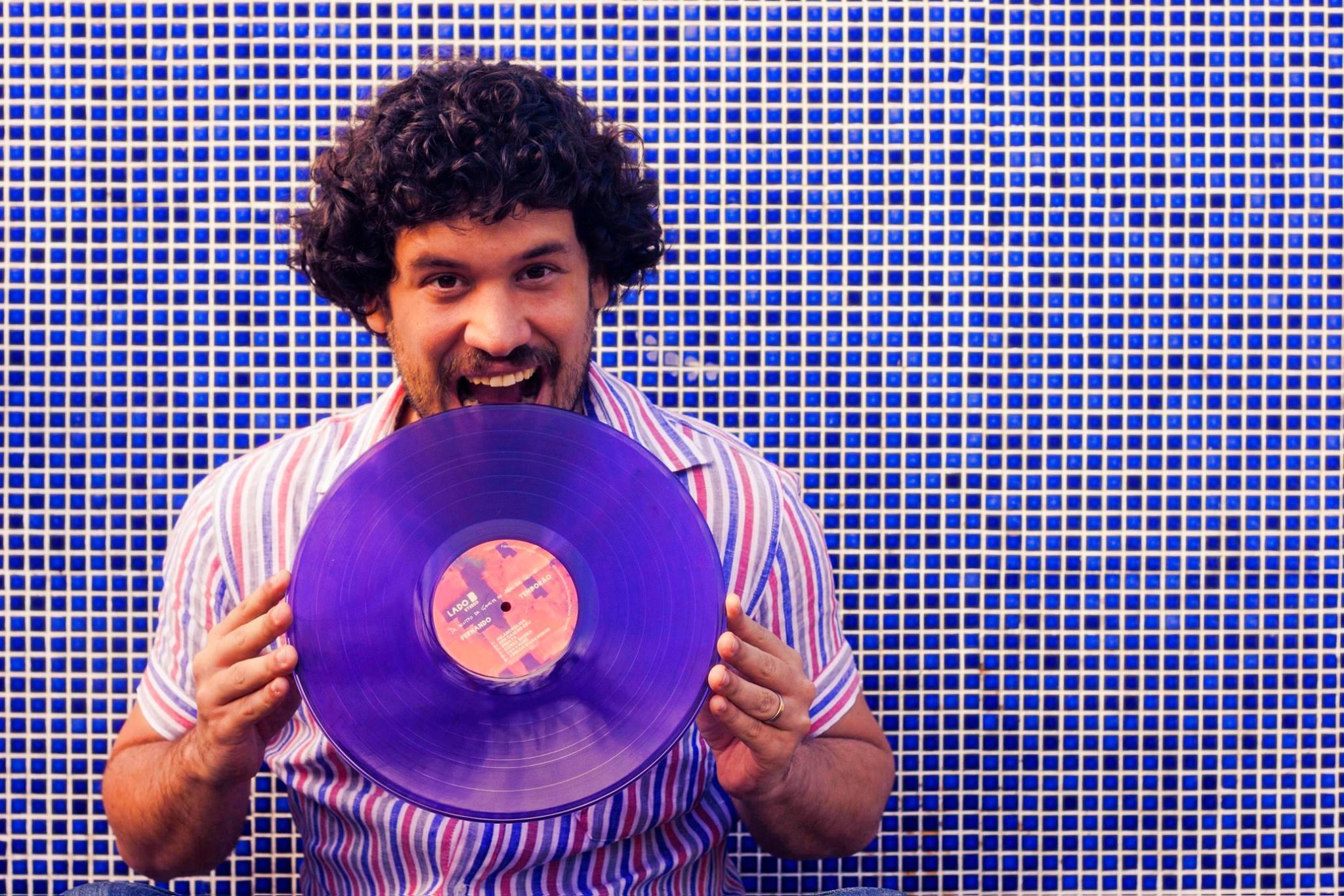 Fernando Temporão Lança Duas Faixas Inéditas em LP